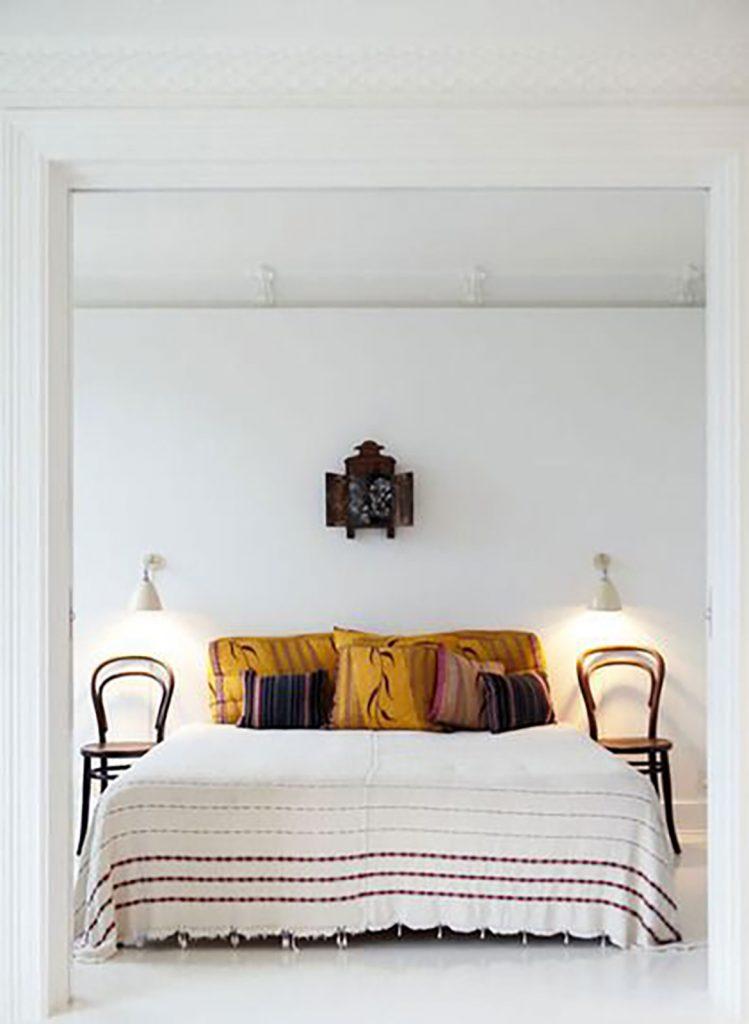 bedroom design yellow cushions