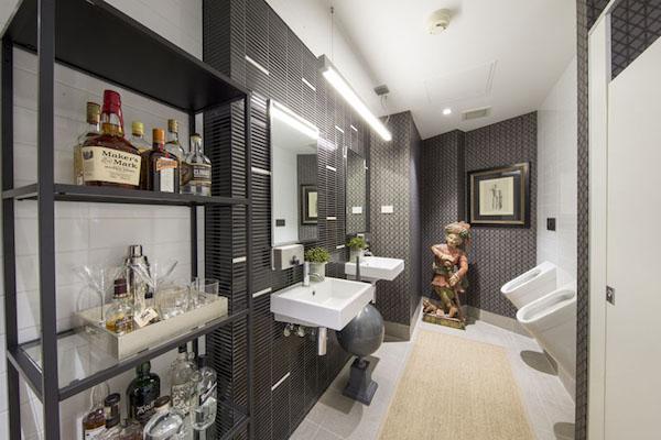 airbnb whiskey bar bathroom