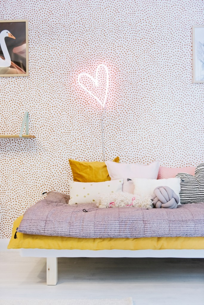 pink love heart neon light girls bedroom