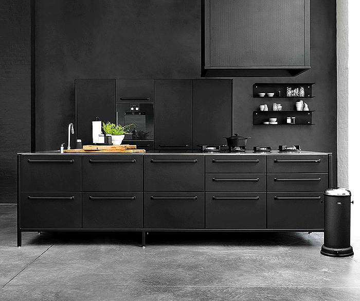 Designbx_BoostYourMoodWithColour_Article_Image_Black_1