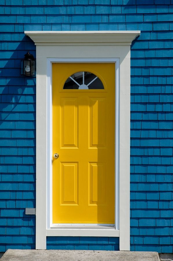 Home interior styles - yellow front door