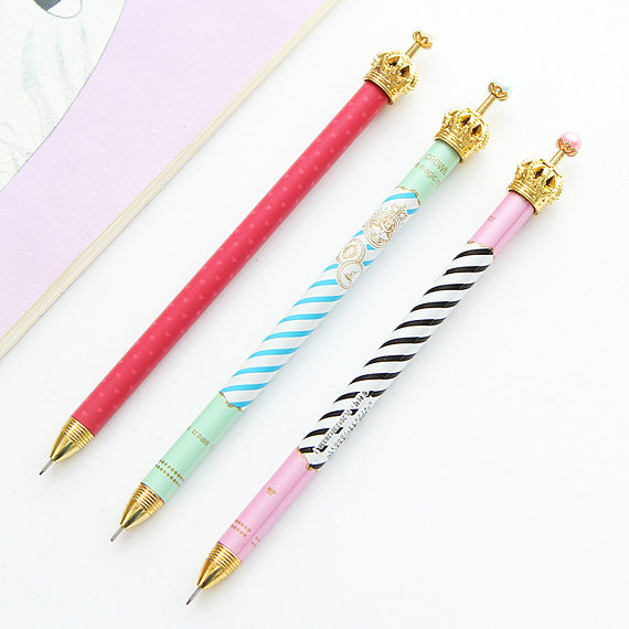 Home decorating ideas - Queen pencil trio