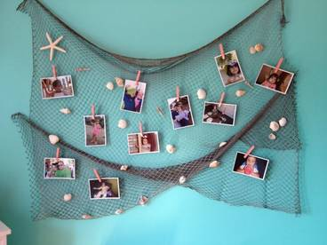 fish nets hang pictures