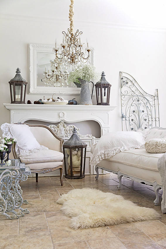 French accent bedroom furnishings