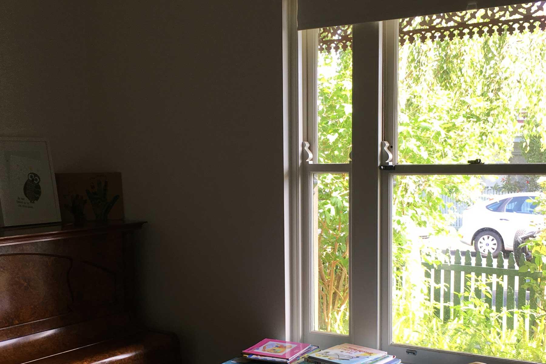 Lauras scandi home office - before - window piano