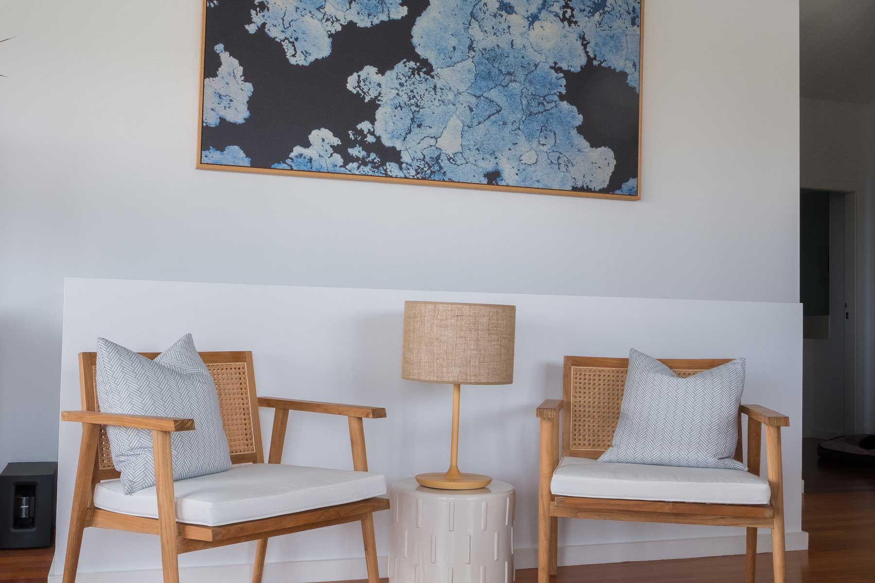 Pippa's Open Plan Coastal Retreat - after - chairs