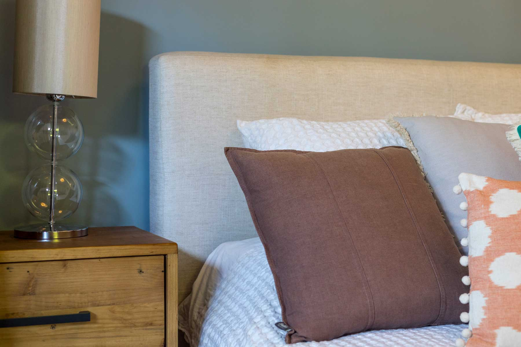 Robyn's vibrant beach apartment - after - bedside 3