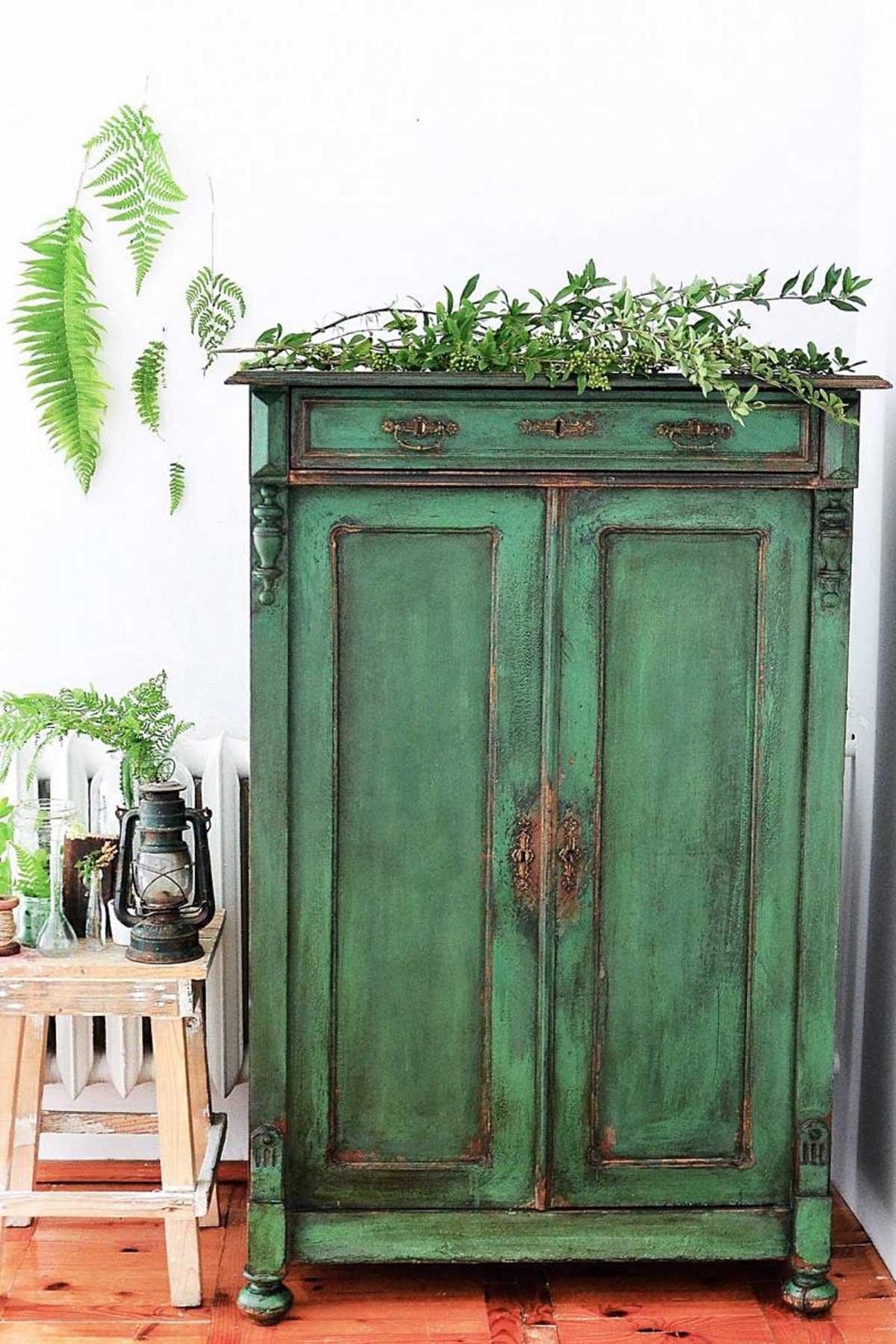 Vintage Interior Design Achieve A Vintage Style Without