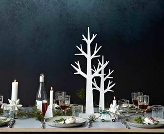 Scandi Christmas table setting