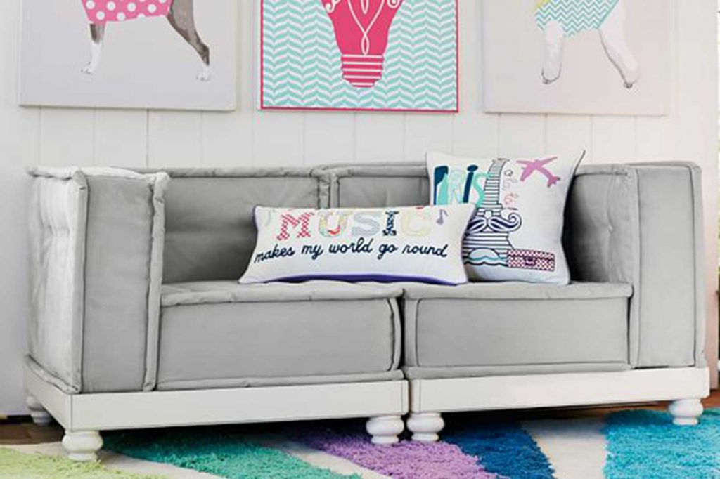 tween-age bedroom couch