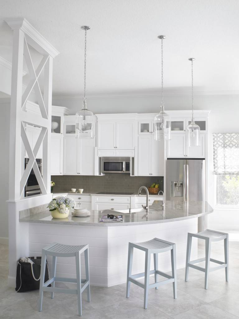 coastal style interior design white kitchen