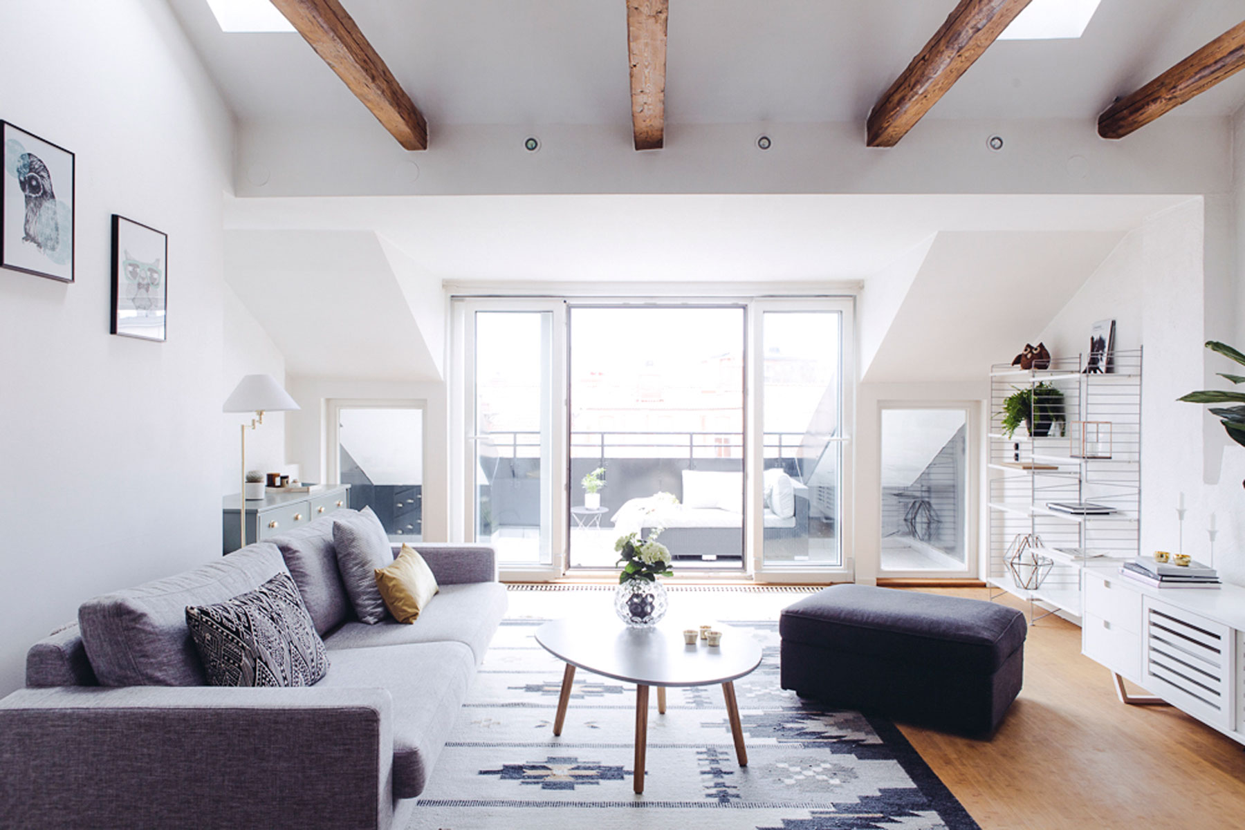 Minimalist interior design - An expert style guide to ...